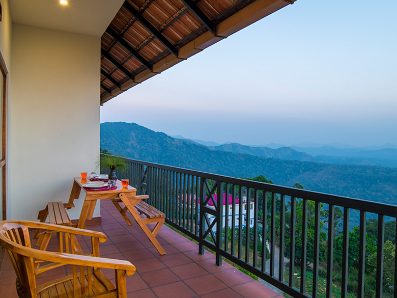 Goldenridge Munnar Best 4 Star Luxury Resorts In Munnar Goldenridge